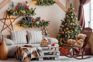 8 Room Transformations for a house On-Trend Christmas decoration
