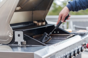 6 Hacks to Give Your BBQ a Deep Clean